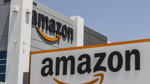Amazon has thrashed US union representatives in a historic vote as workers voted overwhelmingly against forming the first union in the country.