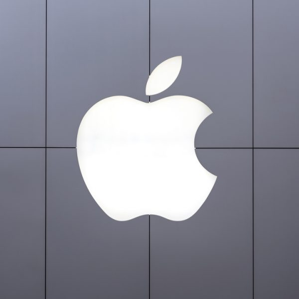 Apple India are reportedly planning to open three brick-and-mortar outlets as well as an online store as it finally enters the country.