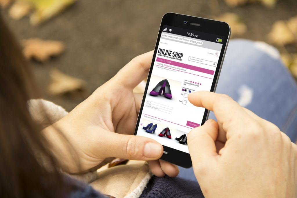 Smartphones now the prefered way to shop online
