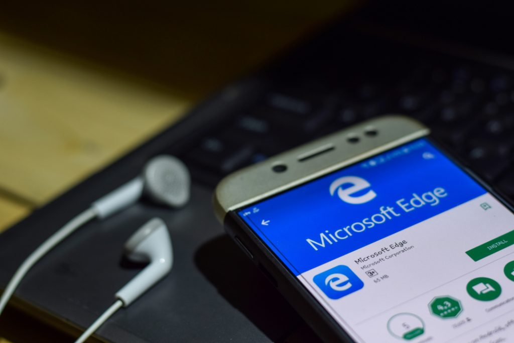 Microsoft officially stops selling ebooks
