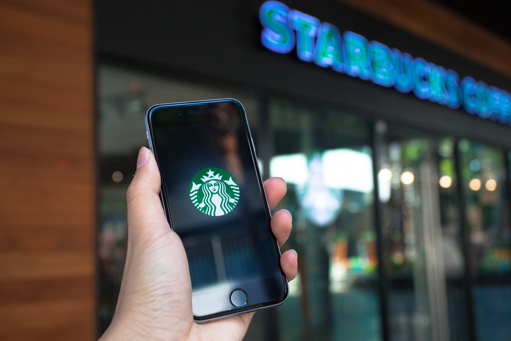 Starbucks rolls out pre-visit order-and-pay app in China