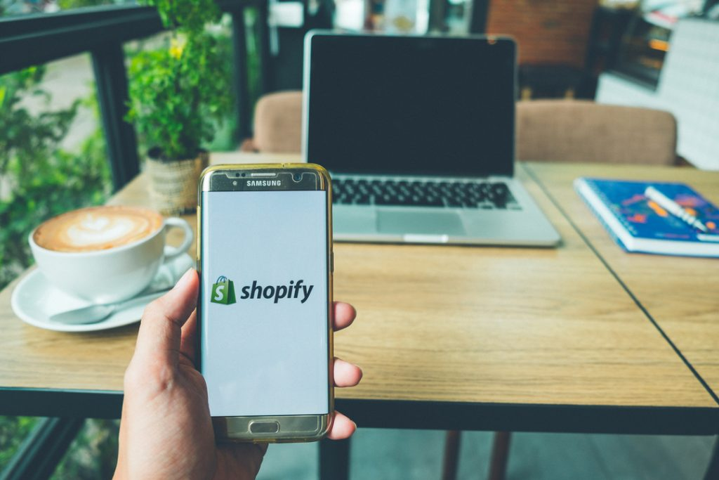 Shopify to overtake Ebay in merchant sales volumes by 2020