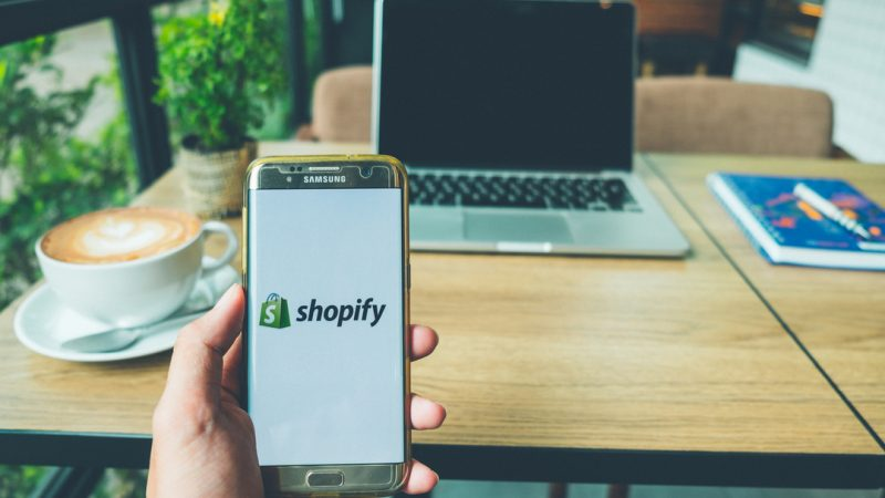 Shopify has introduced a chat function allowing retailers using its platform to speak with customers directly.