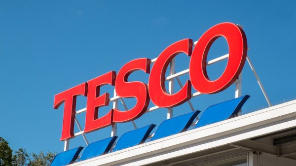 Tesco has signed a deal which will see 15,000 solar panels installed on 17 of its stores by the end of next year, amid a major investment in sustainable energy.