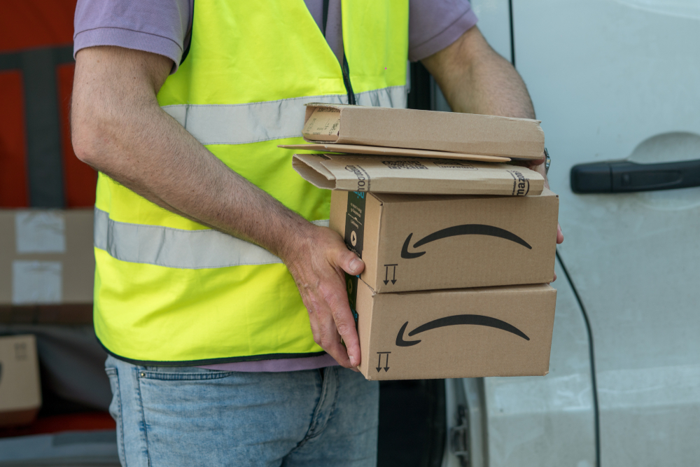 "Amazon workers strike in Germany over ""discount on incomes"""