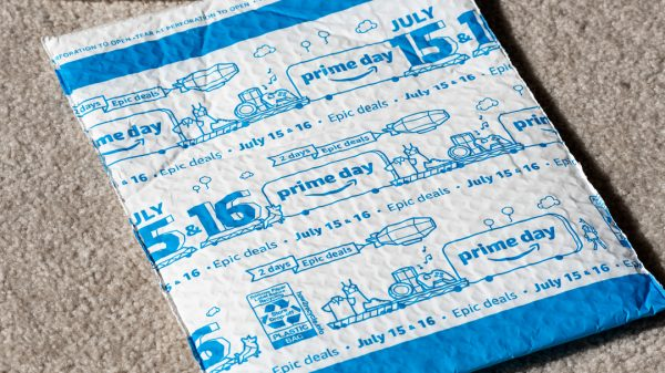 Amazon will stop using single-use plastics in its packaging throughout India in less than a year, it announced this week.