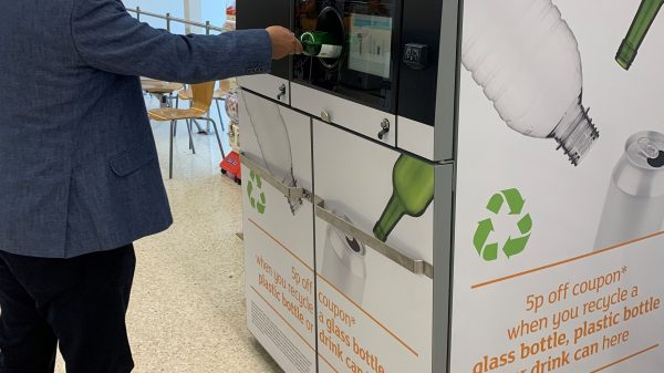Sainsbury's is expanding its reverse vending machine technology, which will now begin excepting glass bottles.