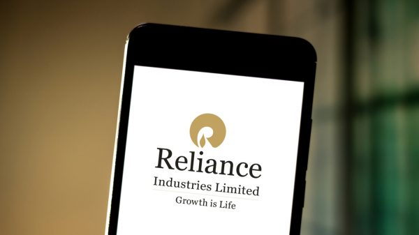 Reliance Retail pushes on with Future Group $3.4 bn acquisition despite Amazon protests