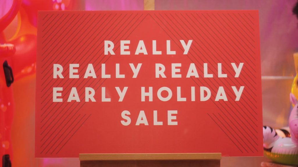 Ebay promises not to launch Christmas campaigns until November