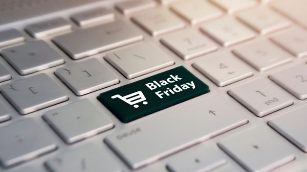"Experts predict ""permanent shift"" to online shopping as Black Friday approaches"