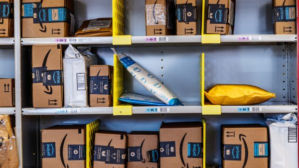 Amazon has warned US sellers that it will be re-imposing restrictions on the quantity of goods they can sell via its Fulfilled By Amazon (FBA) service.