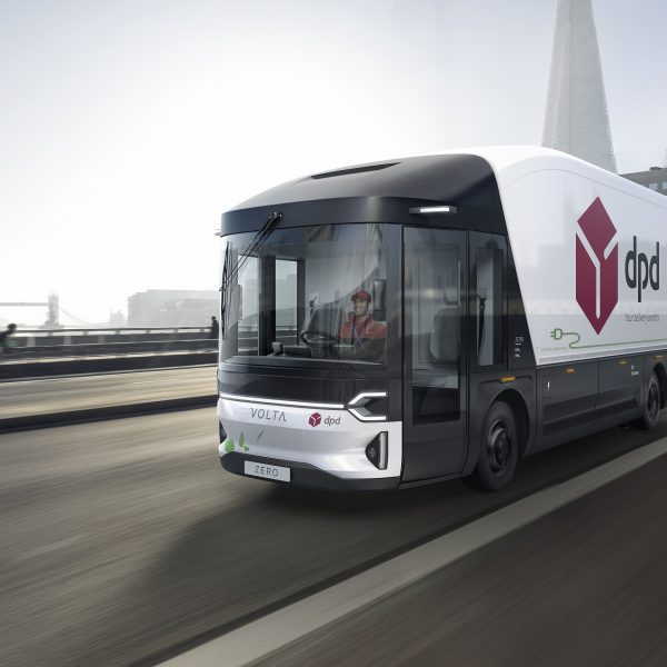 """DPD is set to begin testing """"the world's first purpose-built full-electric large commercial vehicle"""" in Central London."""