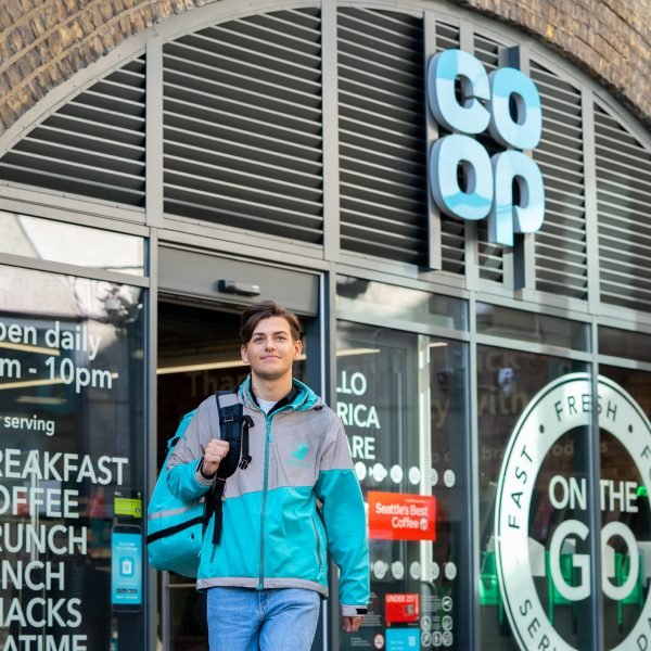 Deliveroo is set to launch a major expansion of its supermarket delivery service adding a further 125 locations by the end of the year.