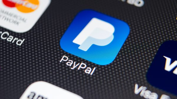 PayPal on track to process $1 trillion in payments this year