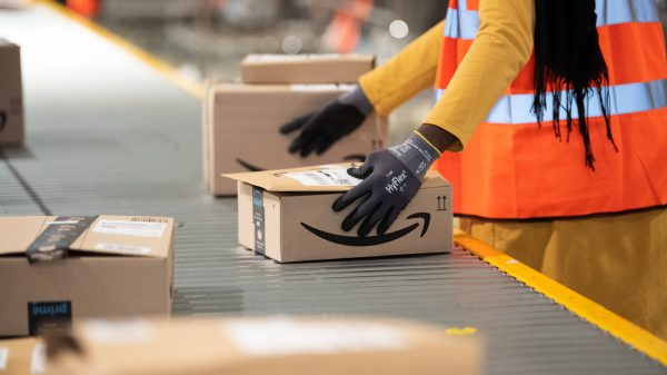 Amazon workers on strike across Germany