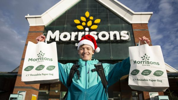 Morrisons to deliver commonly forgotten Christmas items up to Christmas Eve
