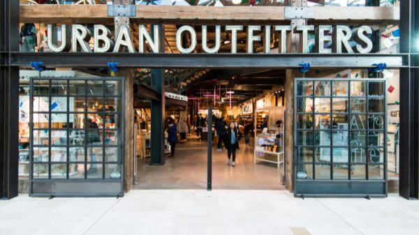 Urban Outfitters has reported a 25 per cent rise in sales thanks to the introduction of virtual customer experiences through its platform.