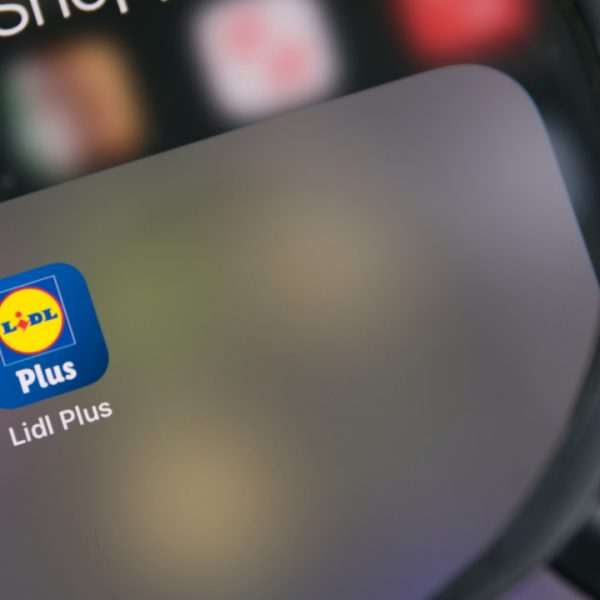 Lidl has launched a new mobile payment option inside its recently launched Lidl Plus app, allowing shoppers to pay using their smartphone.