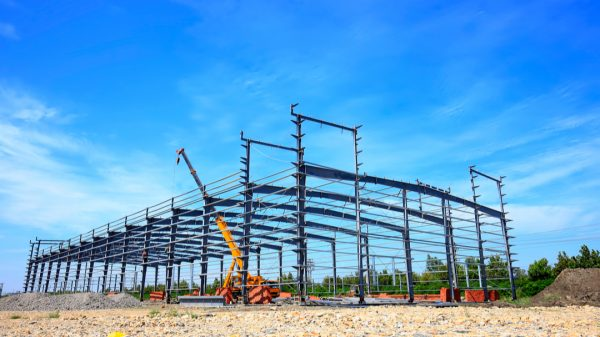 Online retail is driving a significant boom in warehouse construction as around 40 million sq ft of new space is set to be built this year.