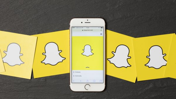Snap has launched a raft of new shopping features including an augmented reality (AR) try-on feature and a new 'Screenshop' product discovery tool, amid an aggressive push into ecommerce.