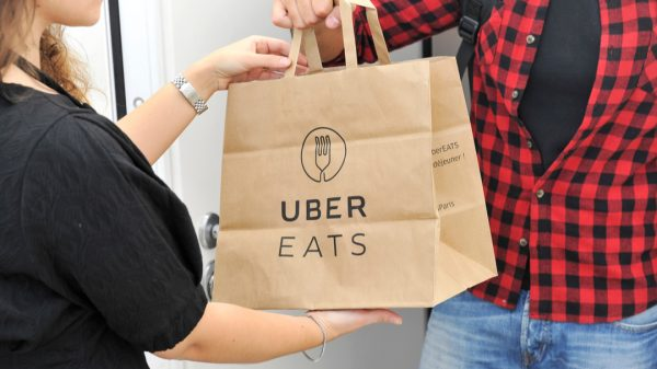 Uber has announced its biggest grocery division expansion so far by partnering with US retailer Albertsons.