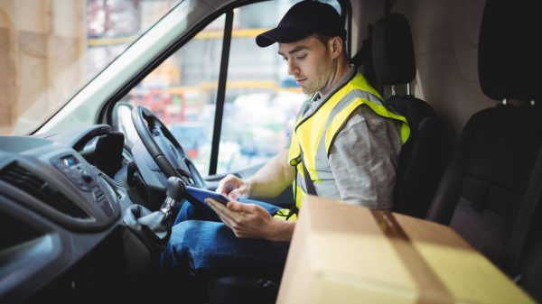 Temporary delivery driver numbers have fallen by over a quarter as thousands return to their pre-pandemic jobs in retail and hospitality, according to data from Indeed Flex.