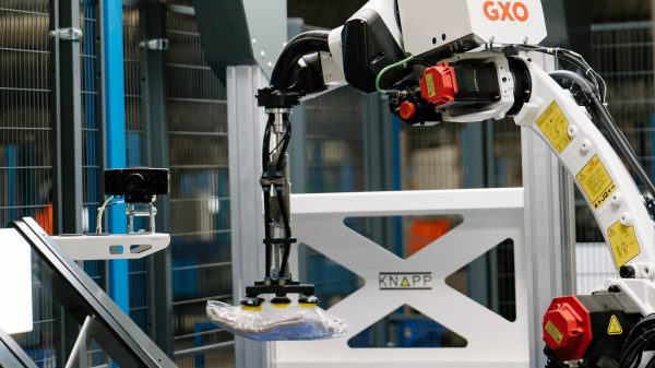 Retail tech companies GXO and KNAPP have launched a new AI-powered automated picking robot arm which they are testing for use in fashion supply chains.