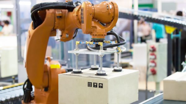 """Retailers are increasing their usage of """"smart robots"""" throughout their supply chains in the wake of labour shortages dogging the industry, according to a new report."""