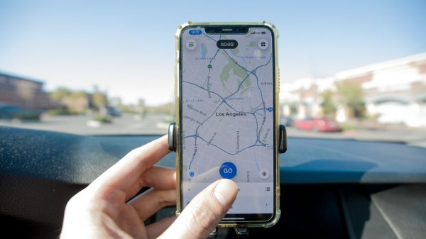 A group of alleged scammers made $195,000 running a scam whereby they referred fake drivers to delivery apps to receive cash.