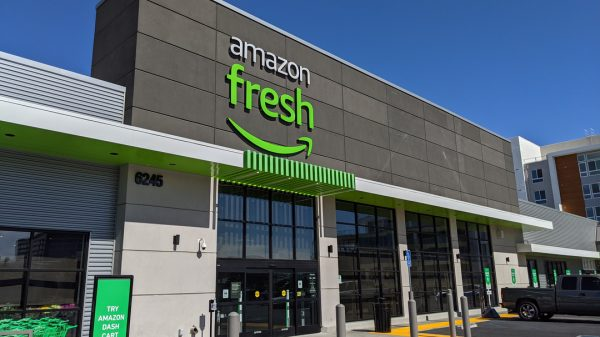 """Amazon employees have criticised the company's grocery service, calling it """"subpar"""" meanwhile calling out the """"bureaucratic"""" culture, according to Business Insider."""