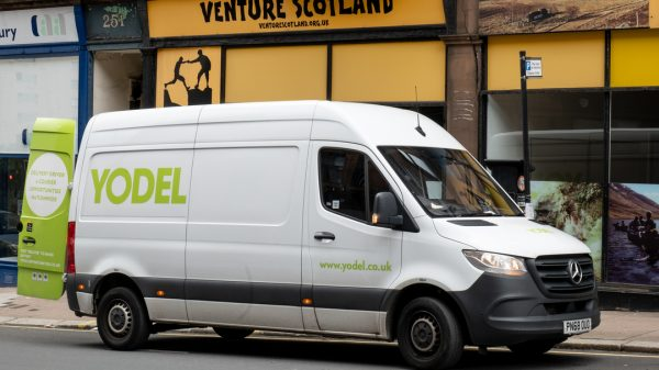 """Yodel is set to hire over 4300 new staff as it becomes the latest courier to respond to the """"ongoing growth in online retail"""" but faces staff shortages across its supply chain."""