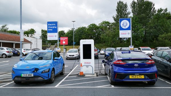 Tesco has announced that EO Charging has won the contract to power Tesco's electric vehicle (EV) fleet of electric vans.